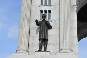 Lincoln statue at Gettysburg