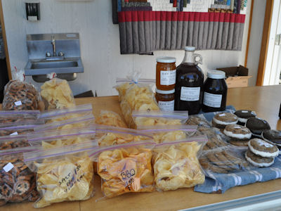 Lil Counry Store homemade food products