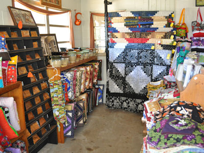 Lil Country Store quilts and quillows