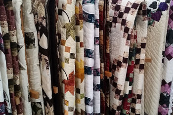 Smucker's Quilts Quilt Rack